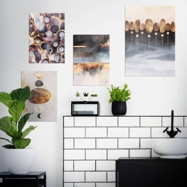 4 picture asymmetrical arrangement