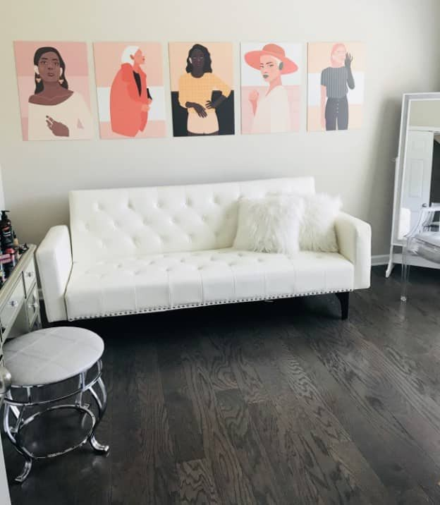 5 pictures side by side arrangement over a sofa