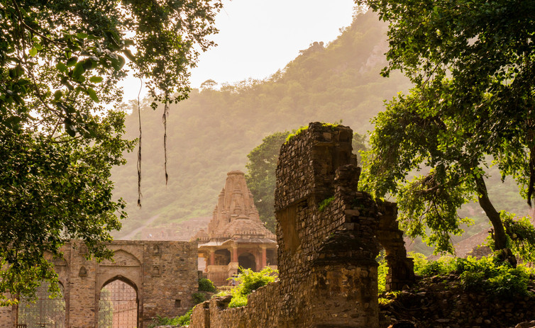 Bhangarah Fort in the sunset