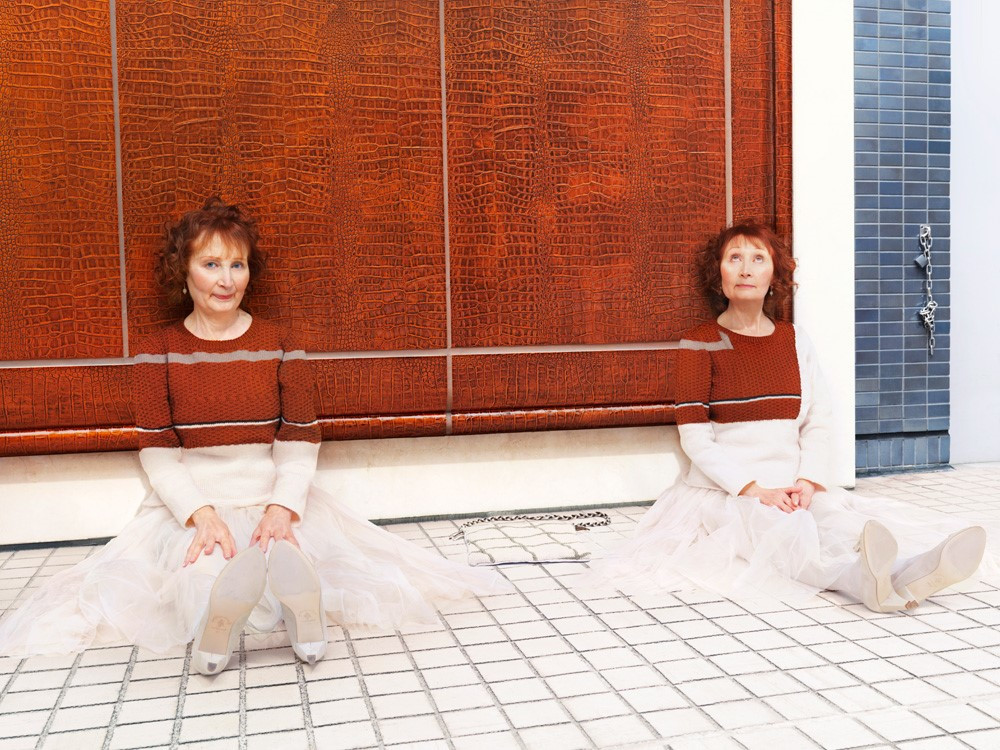Parisian twins Mady & Monette Malroux