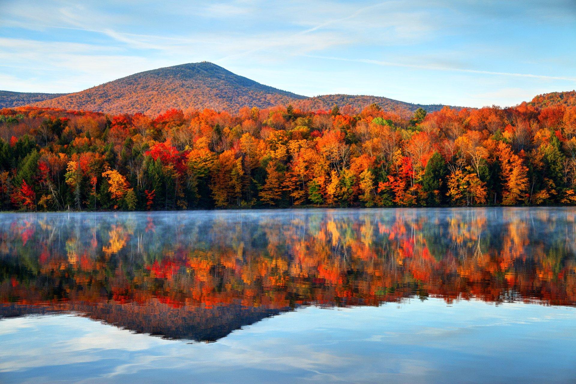 vermont-autumn-landscape-lake