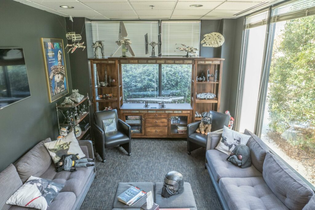 Star Wars-themed psychologist's office